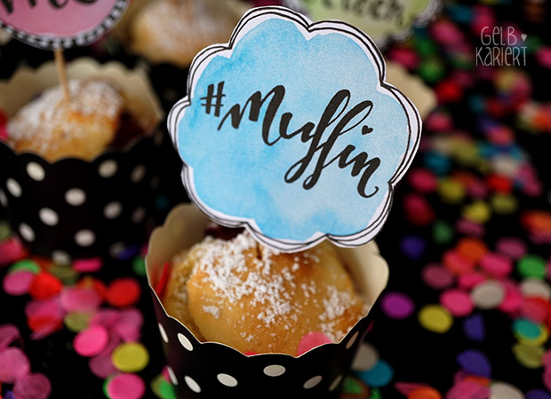 Muffin Topper | Free Printable | Freebie | Kuchen | Lettering Happy Birthday | Bloggeburtstag | Muffin Dekoration | Muffins dekorieren | Handlettering | Watercolor | Aquarell | Gelbkariert Blog