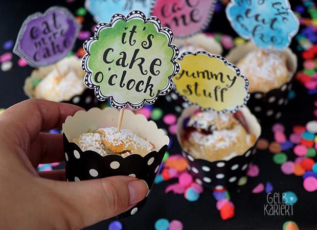 Muffin Topper|Free Printable|Freebie|Kuchen|Happy Birthday|Bloggeburtstag|Muffin Dekoration|Handlettering|Gelbkariert Blog