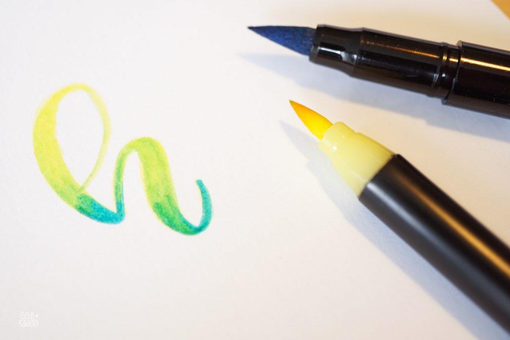 Papiertest Römerturm Feinstpapier, Papier für Handlettering, Lettering Tipps für Anfänger, Bristol Papier, Mix Media Papier, Transparentpapier, Welches Papier für Handlettering, Brushlettering, Brush Pens Tipps Techniken, Papier für Brush Pens, 3D Buchstaben entwerfen, aquarellieren mit Brush Pens, Ribbon Effekt malen, Gelbkariert