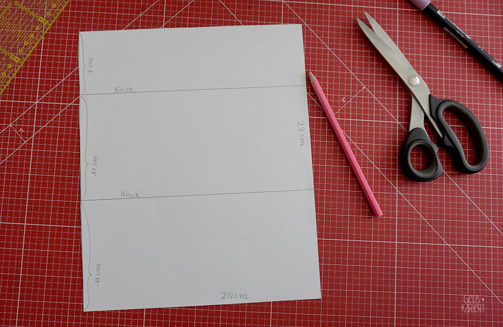 easy peasy nähen, Nähanleitung, Ideen für Waschpapier, einfache Nähanleitung, Täschchen nähen ohne Reißverschluss, DIY Idee, Aufbewahrung für Stifte selber machen, Stifte Täschchen für unterwegs, Tutorial Nähen, Nähen für Anfänger, Vorlage selbst erstellen, Gelbkariert Blog