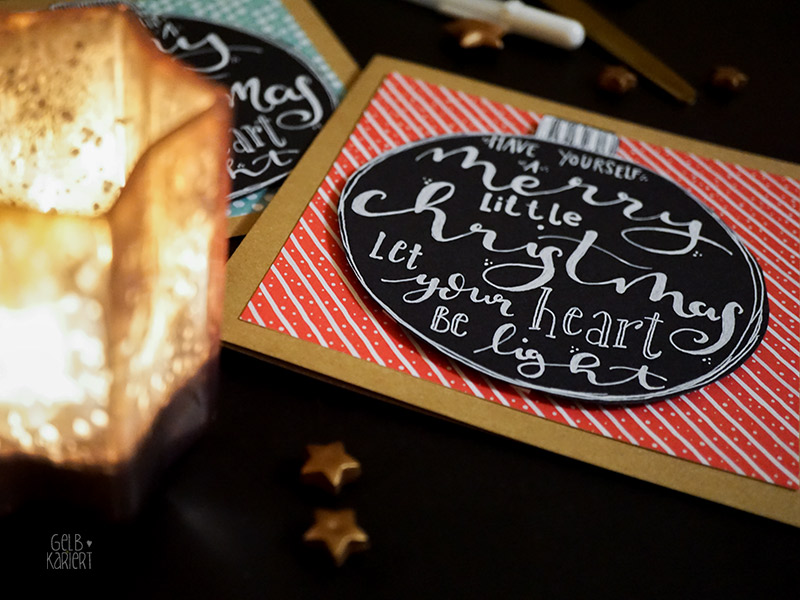 Weihnachtskarten basteln mit Handlettering, Karten basteln, Kraftpapier, einfache Bastelanleitung für Weihnachtskarte, Lettering, Weihnachten, Faux Calligraphy mit Sakura Gelly Roll, DIY Anleitung, Bastelanleitung, Gelbkariert Blog