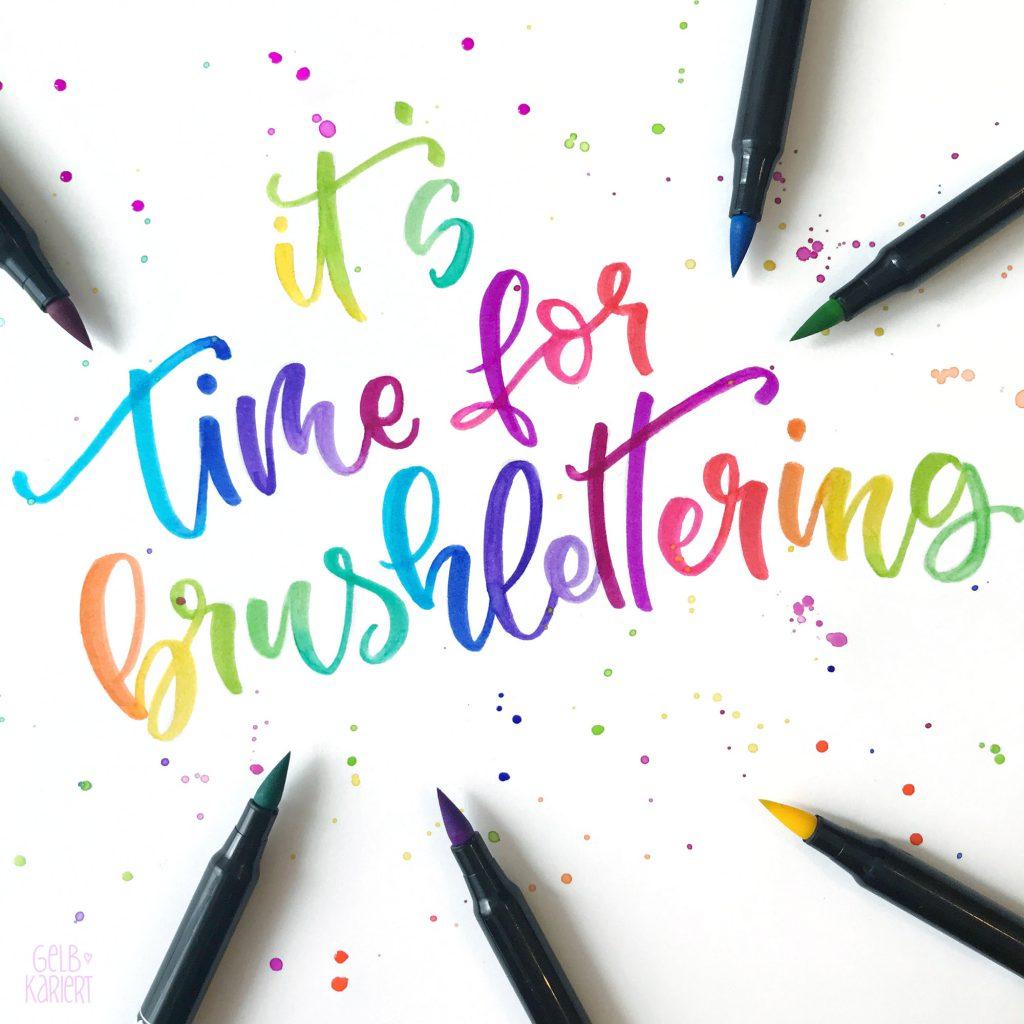 Einstieg ins Brushlettering, 5 Tipps für Anfänger, Handlettering Tipps, Brush Pens für Anfänger, Papier fürs Brushlettering, Stifthaltung beim Brushlettern, Basisstriche üben, Freebie, kostenlose Vorlage zum Ausdrucken, Brush Lettering Quick Start Block, Gelbkariert